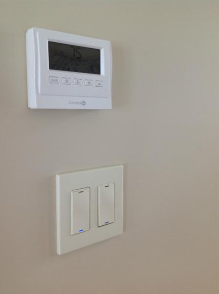 control-4-thermostat-control-4-lighting