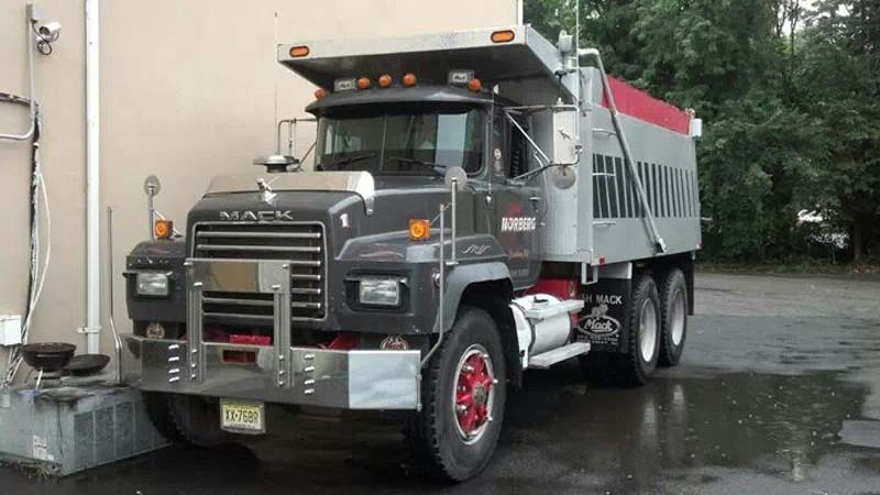 Mack Dump Truck With Kenwood Radio And Speakers Sound
