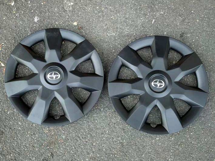 Scion Plastidiped Hubcaps